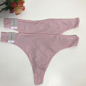 NWT Calvin Klein pink thong - plus size- set of 2